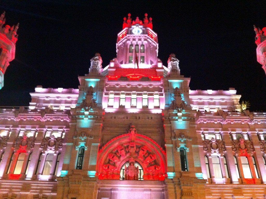 Palacio de Comunicaciones de noche (4)